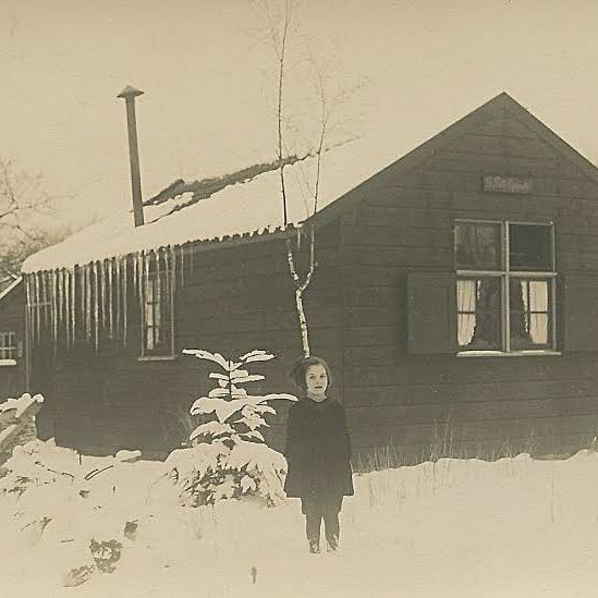 La petite Espinette met Vera Lohmann 1924