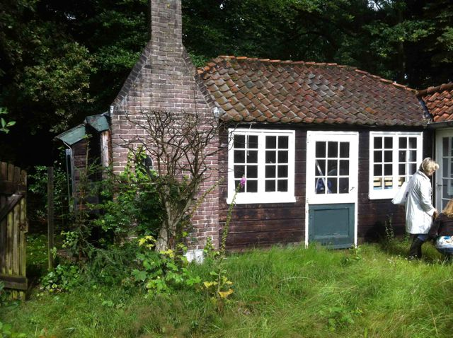 01-08-13 Mondriaan atelier voor de restauratie.