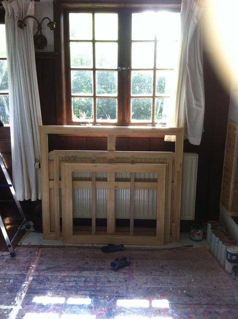 02-08-13 Mondriaans raam binnen, voor de restauratie.