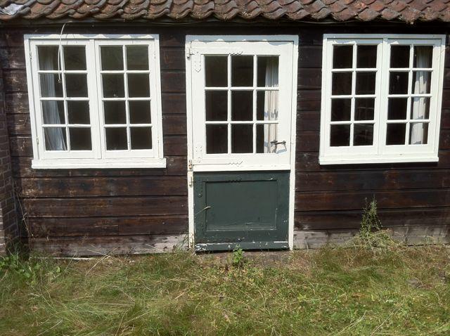 02-08-13 Tuindeur Mondriaan atelier voor de restauratie.